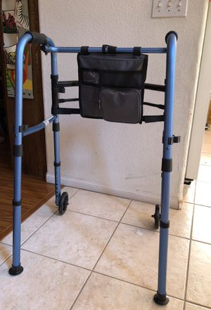 Walker very good condition for Sale in Chula Vista, CA