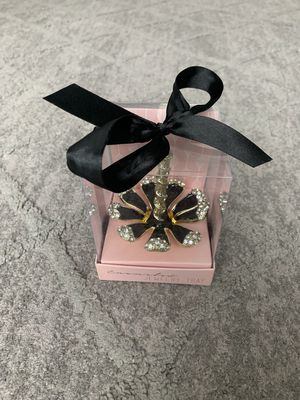 Tres Belles Collection Ring Holder Black Enameled Gold Tone with Crystals for Sale in Portland, OR