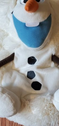 New hide & seek Olaf plush for Sale in Sherwood,  OR