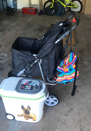 Dog stroller, food holder, and carrier. for Sale in Dallas, TX