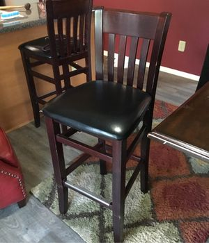 4 tall dining chairs for Sale in Columbus, OH