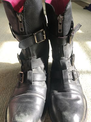 Juicy Couture size 71/2 Black Leather Walker Boots fits 8 for Sale in Winnetka, IL