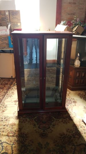 Curio for Sale in St. Louis, MO