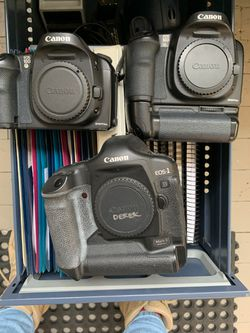 Canon EOS 10D and EOS-1 Mark 2 for Sale in Seattle,  WA