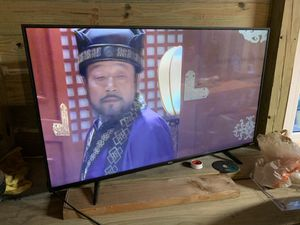 TCL ROKU SMART TV 43' for Sale in Silver Spring, MD
