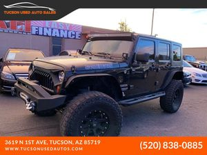 2010 Jeep Wrangler Unlimited for Sale in Tucson, AZ