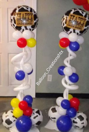 5ft Birthday balloon towers for Sale in Houston, TX