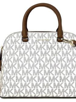 New Michael Kors Cindy Satchel for Sale in Miami,  FL