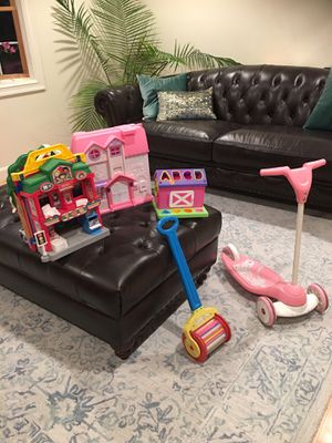 Doll house, School, and other toys for Sale in Agawam, MA