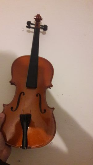 Violin, lightly used, bridge, string and bow needed for Sale in Orlando, FL