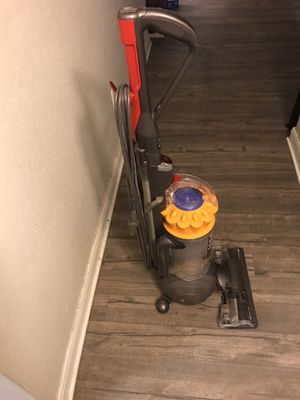 Dyson upright corded vacuum with handheld extension for Sale in Houston, TX