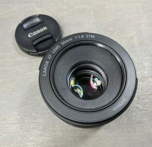 Canon stm 1.8 lens. for Sale in Compton, CA