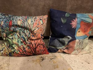 For pillows with zip covers like new for Sale in Arroyo Grande, CA