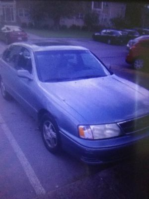 98 Toyota Avalon to trade for minivan for Sale in Nashville, TN