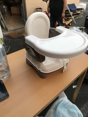 Foldable booster seat for Sale in Lynwood, CA