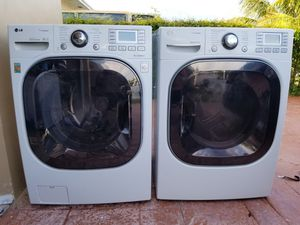 LG STEAM WASHER AND ELECTRIC STEAM DRYER SUPERCAPACITY for Sale in Hialeah, FL