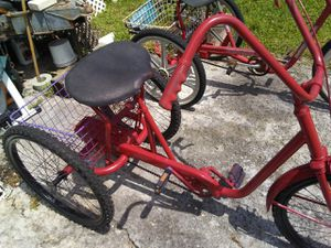 Trikeand. and. A. Kent 1600 cruiser Sturdy ride s Good. for Sale in Holiday, FL
