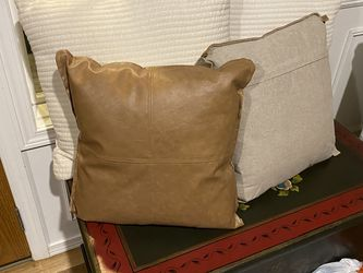 Four Couch Bed Pillows, Like New for Sale in Lynnwood,  WA