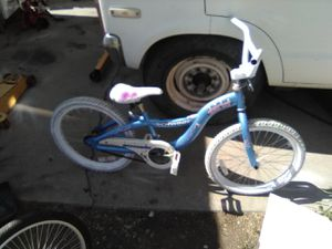 Girls bmx bike 20 inch for Sale in Salt Lake City, UT