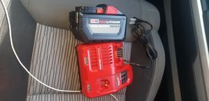 Bateria de 12. o y cargador rapido for Sale in Germantown, MD