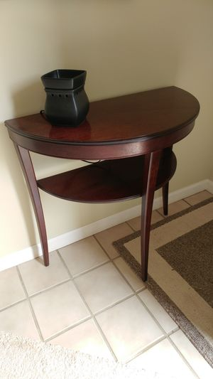 Antique half round hall table for Sale in Columbus, OH