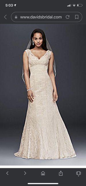 Ivory champagne vintage lace v- neck wedding dress (David's bridal collection) for Sale in San Fernando, CA