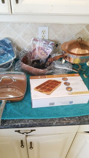 Copper chef pot pans cooking for Sale in Miami, FL