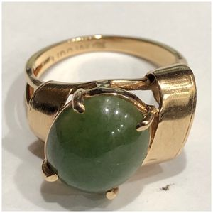 14KT Yellow Gold Chrysoprase Ribbon Design Ring for Sale in Naperville, IL