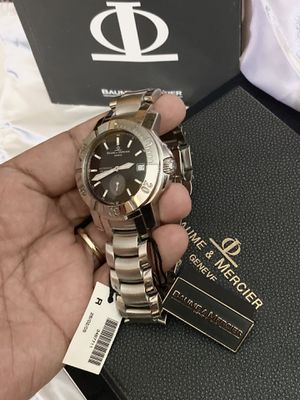 Baume Mercier Capeland Diver automatic Watch 41MM. 200M Water Resistance. Sapphire crystal. Stainless steel. Original box and paperwork. for Sale in Miami, FL