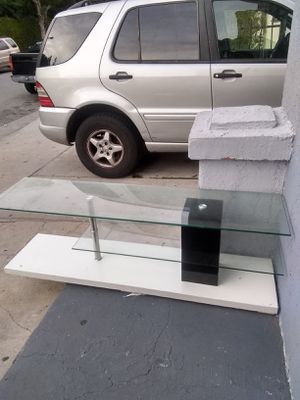 Mueble for Sale in Los Angeles, CA