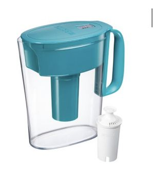 Brita Small 5 Cup BPA Free Water Filter Pitcher with Standard Filter - Turquoise ***broken tip*** for Sale in El Monte, CA