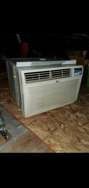 Window air conditioners 220 volt 25,000 but ac units for Sale in Redondo Beach, CA