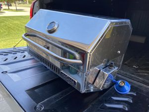 Magma stainless steel grill for Sale in Macomb, MI