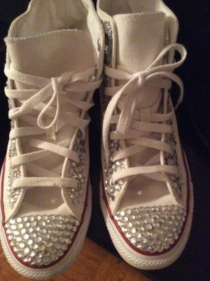 Converse All Star Rhinestone size 7 for Sale in Forest Heights, MD