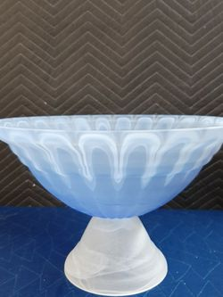 NEW Italian Footed Blue/White Glass Bowl for Sale in Grayland,  WA