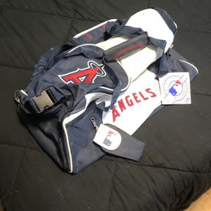 Angels (Baseball) Duffle Bag for Sale in Westminster, CA