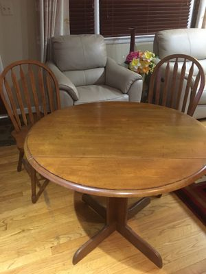 Breakfast Table for Sale in Alexandria, VA
