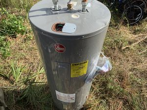 Good water heater for Sale in Naples, FL