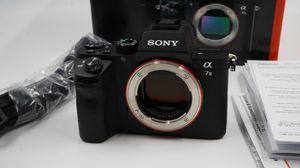 Sony Alpha A7 II 24.3MP Digital Camera for Sale in Roseburg, OR