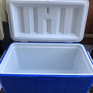 Cooler for Sale in Bothell, WA