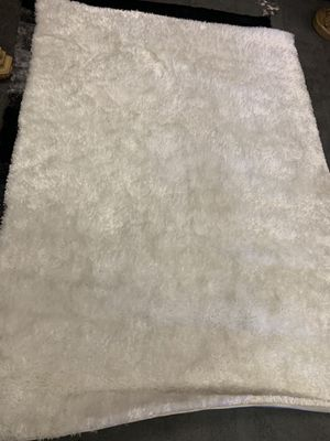 WHITE SHAGGY RUG FOR $149 for Sale in Las Vegas, NV