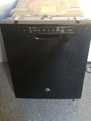 GE Dishwasher $200 OBO for Sale in Fresno, CA