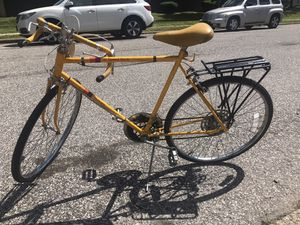 10 speed bike for Sale in Philadelphia, PA