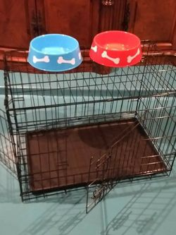 BRAND NEW dog cage crate kennel house MEDIUM double door Divider for potty training Foldable jaulas Phoenix for Sale in Tolleson,  AZ
