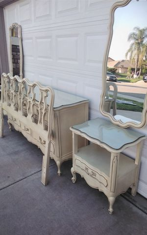 French provencal set for Sale in Wildomar, CA