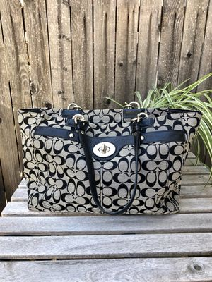 Coach tote bag for Sale in Thornton, CO