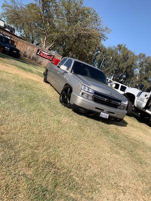 2000 Chevy Silverado for Sale in Fresno, CA