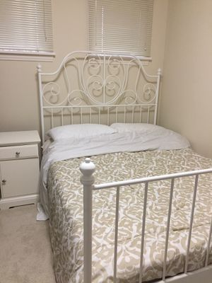 Bed set for Sale in Seattle, WA