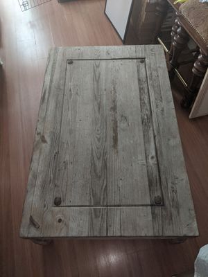 Beautiful Table Antique for Sale in Fort Lauderdale, FL