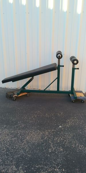 Body Masters crunch bench for Sale in Las Vegas, NV